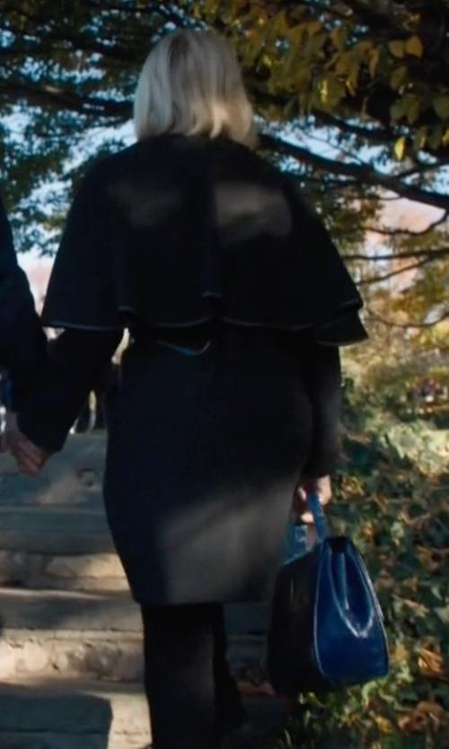 Malin Akerman with Prada Saffiano Cuir Double Medium Tote Bag in Billions