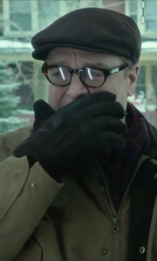 John Goodman with 8 Leather Lined Interior Gloves in Love the Coopers