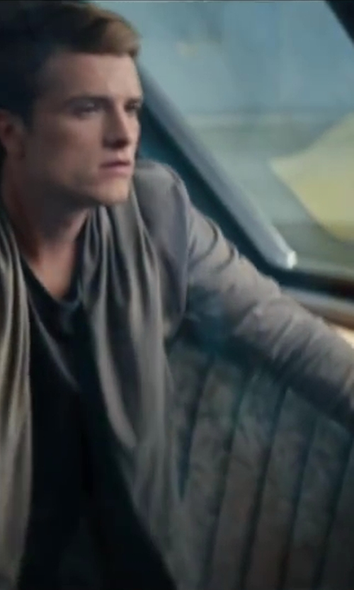 Josh Hutcherson with 10sei0otto Cardigan Jacket in The Hunger Games: Catching Fire