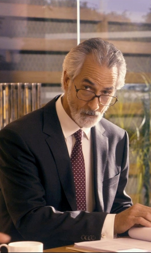 David Strathairn with Calvin Klein Stretch Wool Blazer in The Second Best Exotic Marigold Hotel