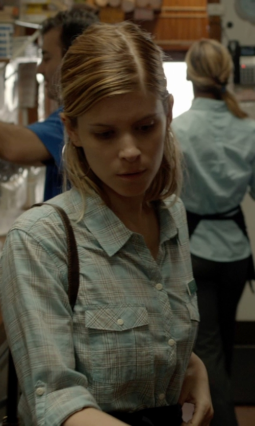 Kate Mara with Paige Trudy Shirt in Captive