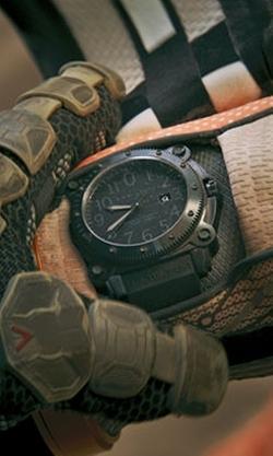Matt Damon with Hamilton Men's H78585333 Khaki Navy Belowzero Black Dial Watch in The Martian