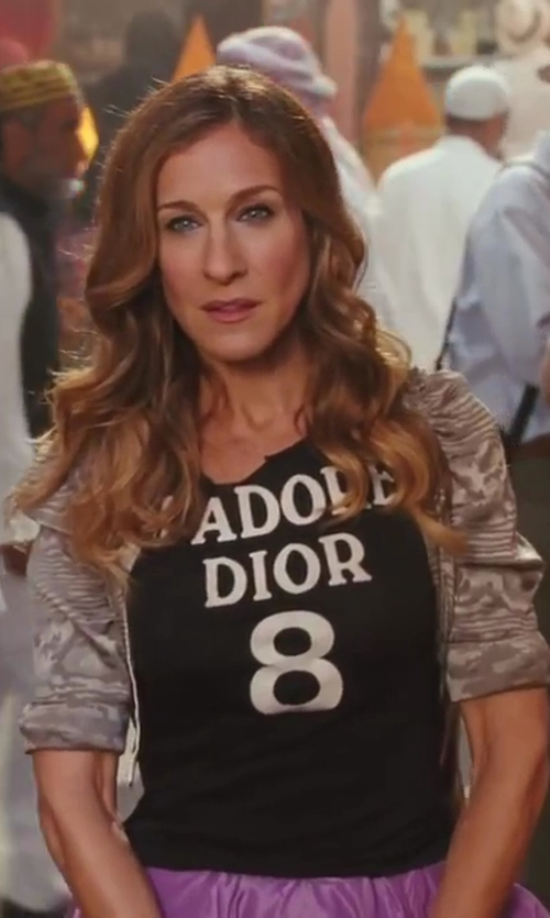 Sarah Jessica Parker with Zac Posen Cropped Cardigan in Sex and the City 2