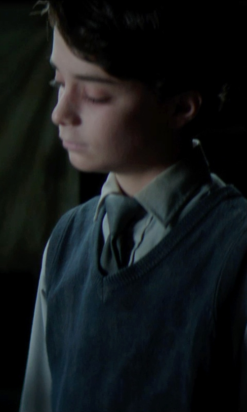 Lucas Jade Zumann with Nordstrom Woven Silk Tie in Sinister 2