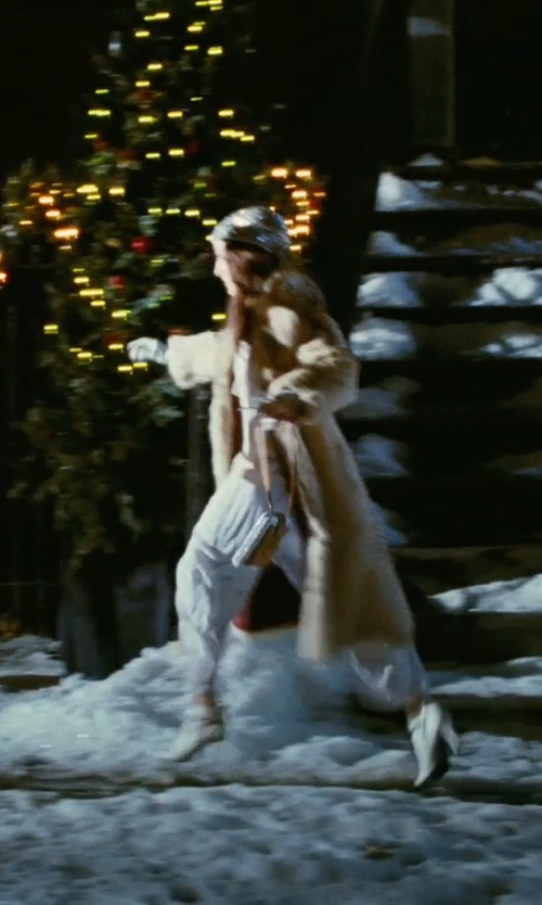Sarah Jessica Parker with Hermès Leather Gloves in Sex and the City