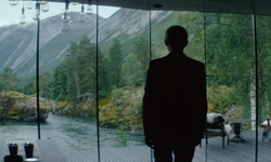 Oscar Isaac with Juvet Landscape Hotel Valldal, Norway in Ex Machina