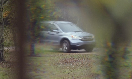 Unknown Actor with Honda 2010 CR-V SUV in Before I Wake