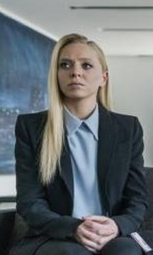 Portia Doubleday with Gettingbacktosquareone Single Breasted Blazer in Mr. Robot