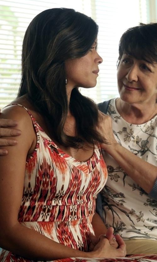 Andrea Navedo with Donna Morgan Floral Print Midi Dress in Jane the Virgin