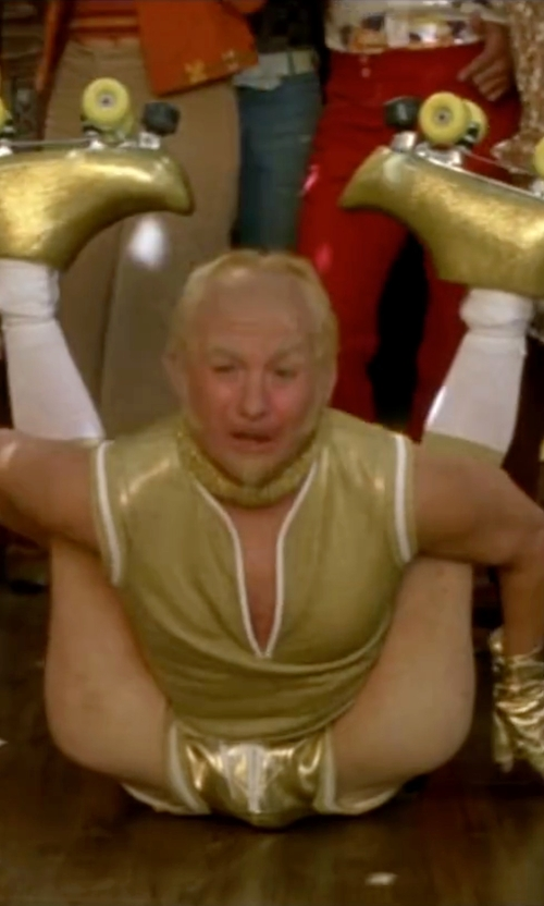 Mike Myers with Sure Grip Rebel Sonic Yellow Outdoor Roller Skates in Austin Powers in Goldmember