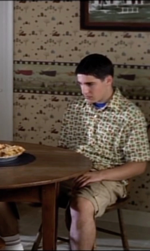 Jason Biggs with O'Neill Cohen Cargo Shorts in American Pie