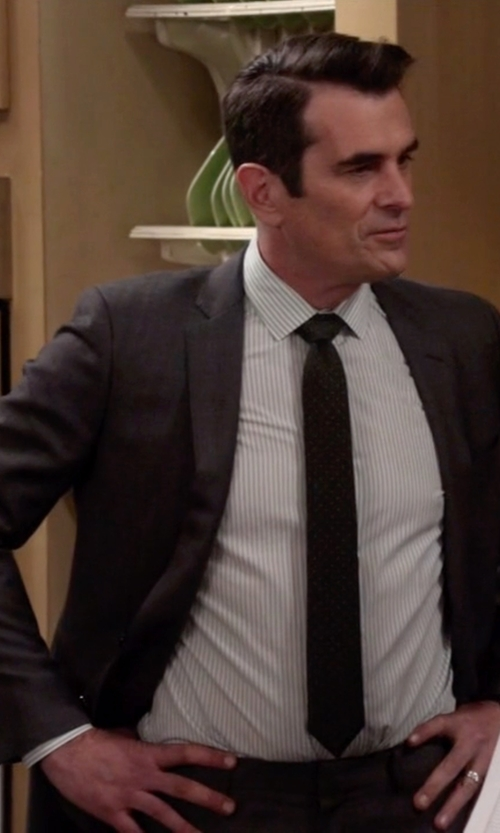 Ty Burrell with Lauren Ralph Lauren Ultraflex Charcoal Flannel Classic-Fit Jacket in Modern Family