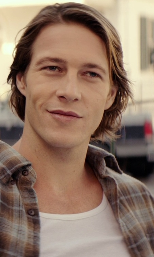 Luke Bracey with Spanx Cotton Compression Tank Top in The Best of Me