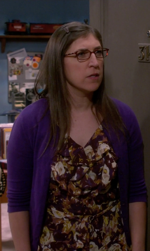 Mayim Bialik with Emma Brendon Button Cardigan in The Big Bang Theory