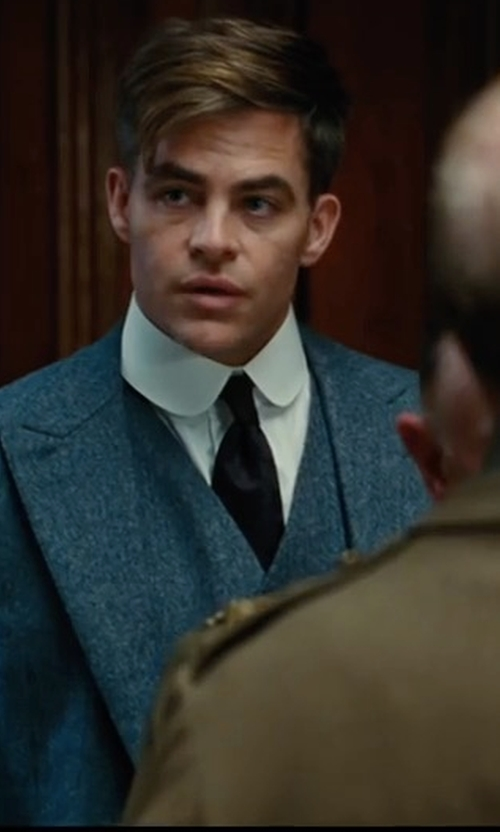 Chris Pine with Boss Hugo Boss Wool Three-Piece Suit in Wonder Woman