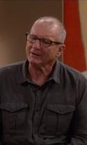 Modern Family - Season 7 Episode 6 - The More You Ignore Me