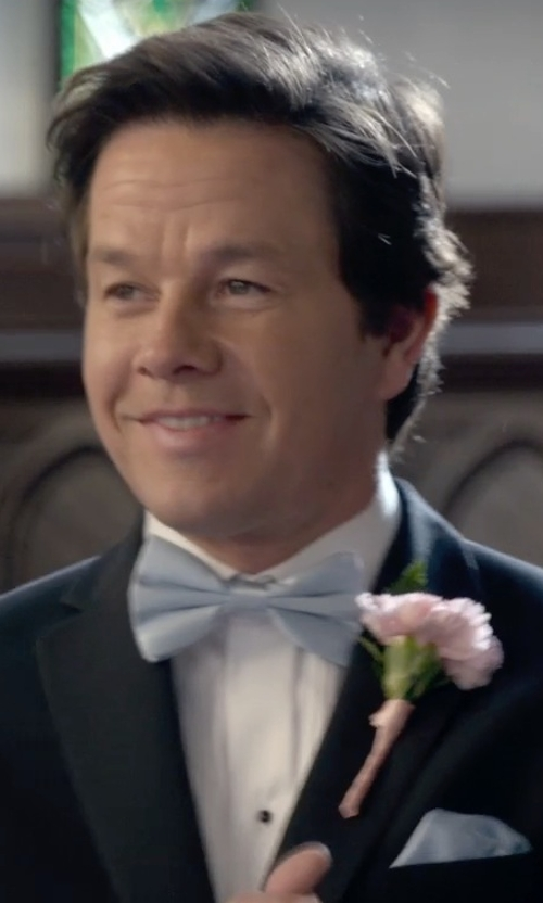 Mark Wahlberg with Forzieri Solid Silk Pocket Square in Ted 2