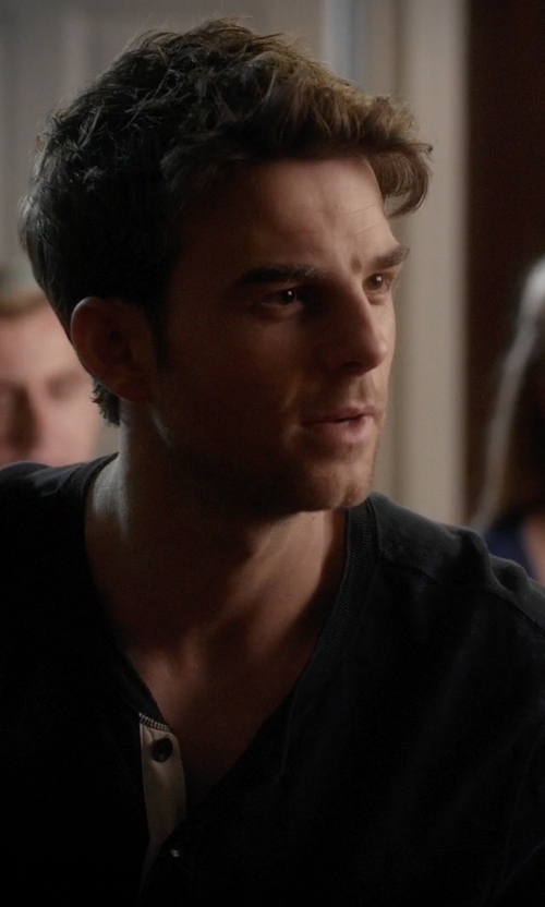 Ian Harding with Bloomingdale's Saddle Stitch Henley Shirt in Pretty Little Liars