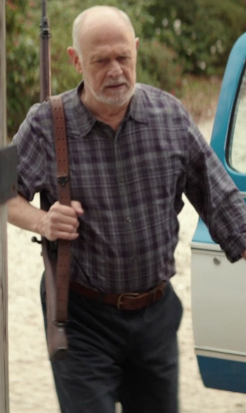 Gerald McRaney with Tailor Vintage Classic Fit Five-Pocket Cotton Chinos in The Best of Me