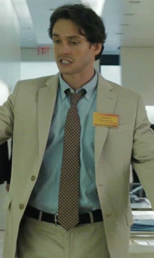 Hugh Dancy with Prada Saffiano Belt in Confessions of a Shopaholic