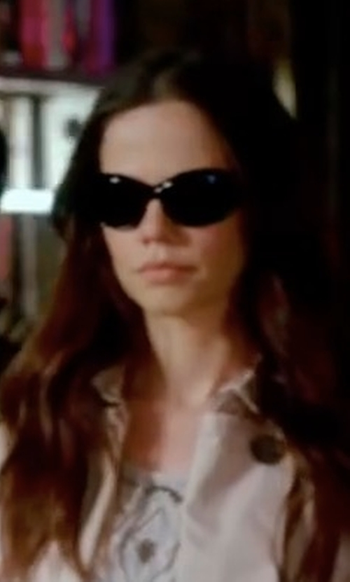 Tammin Sursok with Etro Gradient Cat-Eye Sunglasses in Pretty Little Liars