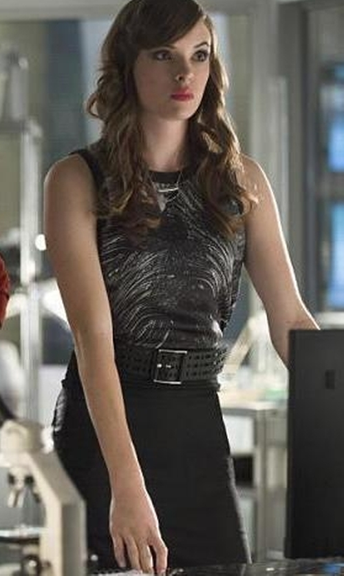 Danielle Panabaker with Halogen Seamed Pencil Skirt in The Flash