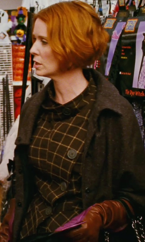 Cynthia Nixon with Rosso35 Short Sleeve Cardigan in Sex and the City