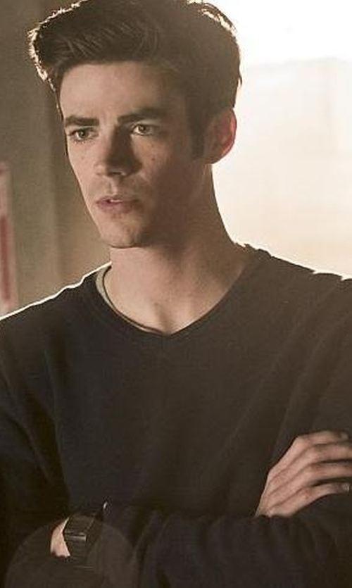 Grant Gustin with Nuur V Neck Sweater in The Flash