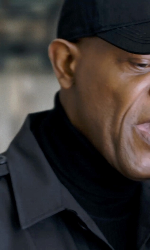 Samuel L. Jackson with Barneys New York Rolled-Edge Turtleneck Sweater in Barely Lethal