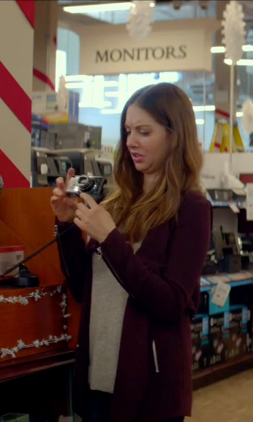 Alison Brie with Sony Digital Camera in Sleeping with Other People