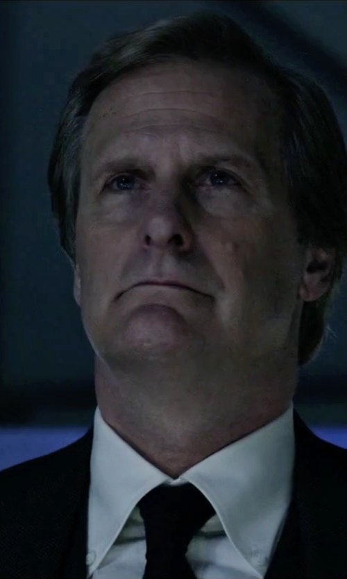 Jeff Daniels with Gitman Oxford Dress Shirt in The Martian