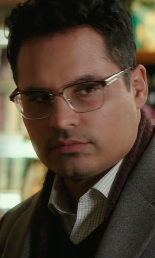 Michael Peña with Saks Fifth Avenue Collection Cashmere Blazer in Collateral Beauty