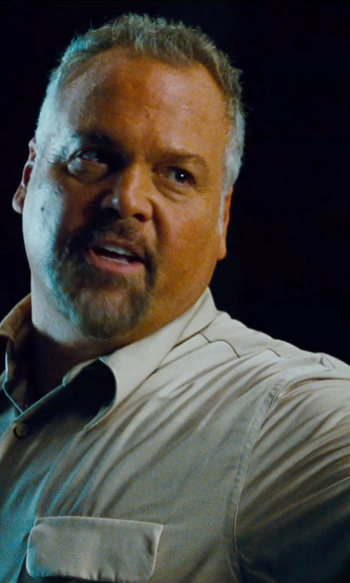 Vincent D'Onofrio with Patagonia Sol Patrol II Shirt in Jurassic World