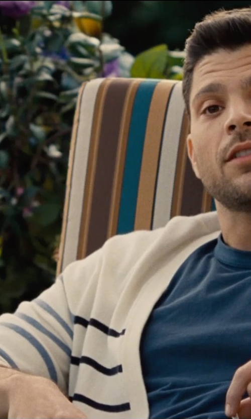 Jerry Ferrara with Budweiser Beer in Entourage