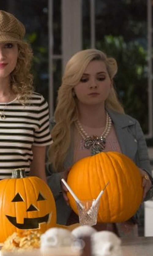 Abigail Breslin with Ben-Amun Victorian Crystal Statement Necklace in Scream Queens