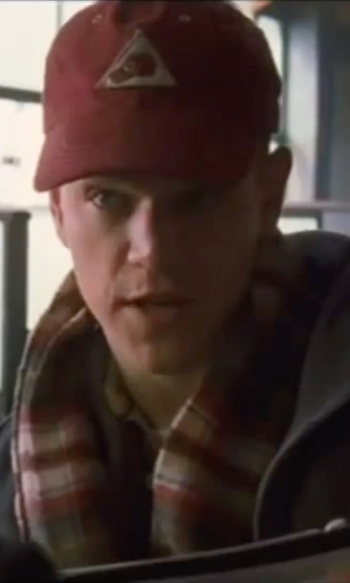 Matt Damon with Huf Triple Triangle Snapback Hat in Ocean's Eleven