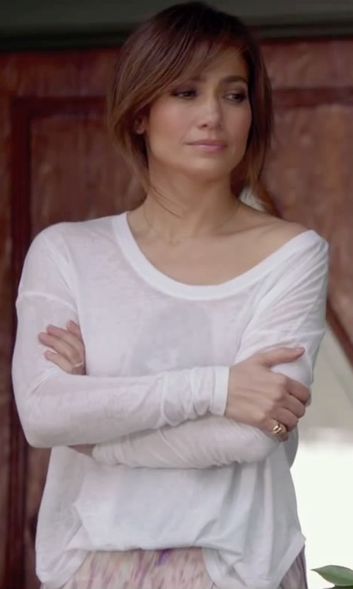 Jennifer Lopez with Old Navy Women's Boatneck Tees in The Boy Next Door
