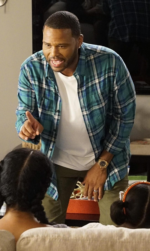 Anthony Anderson with Duck Head 'Favre Flannel' Classic Fit Herringbone Sport Shirt in Black-ish