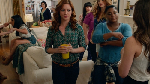 Brittany Snow with Michael Kors Skinny Jeans in Pitch Perfect 2