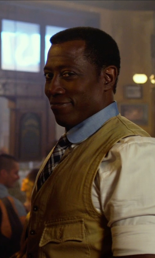 Wesley Snipes with Filson Garment Suit Vest in The Expendables 3