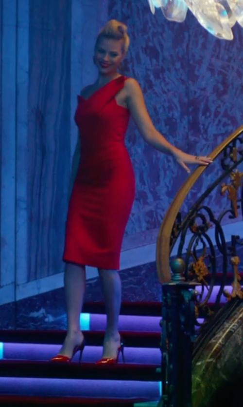 Margot Robbie with Saint Laurent Suede D'Orsay Pumps Shoes in Focus