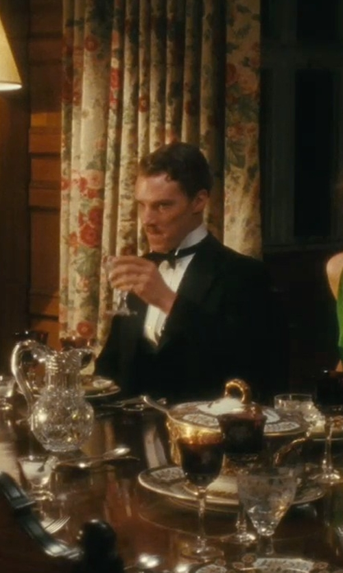 Benedict Cumberbatch with Tom Ford Solid Satin Large Bow Tie in Atonement