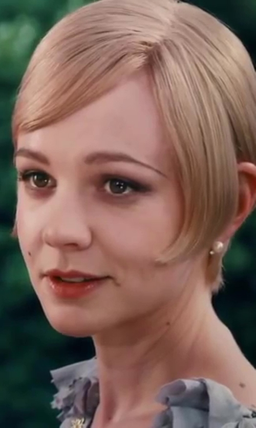 Carey Mulligan with Tiffany & Co. Pearl Earrings in The Great Gatsby