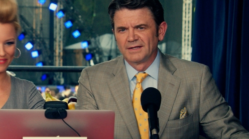 John Michael Higgins with Brooks Brothers Non-Iron Traditional Fit Button-Down Collar Dress Shirt in Pitch Perfect 2