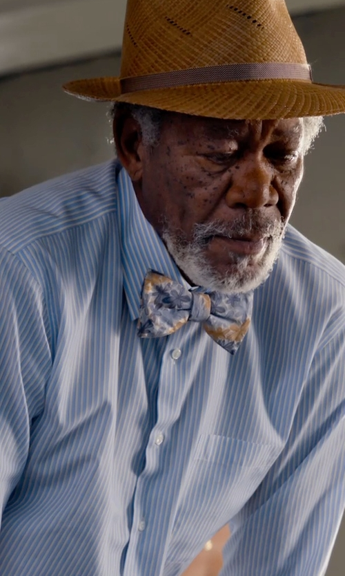 Morgan Freeman with Forzieri Striped Light Blue And White Cotton Shirt in Dolphin Tale 2
