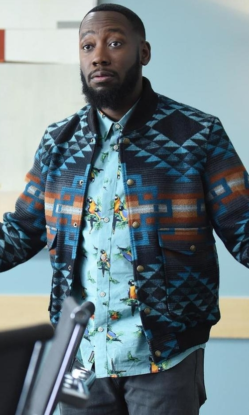 Lamorne Morris with Pendleton Men's the Gorge Jacket in New Girl
