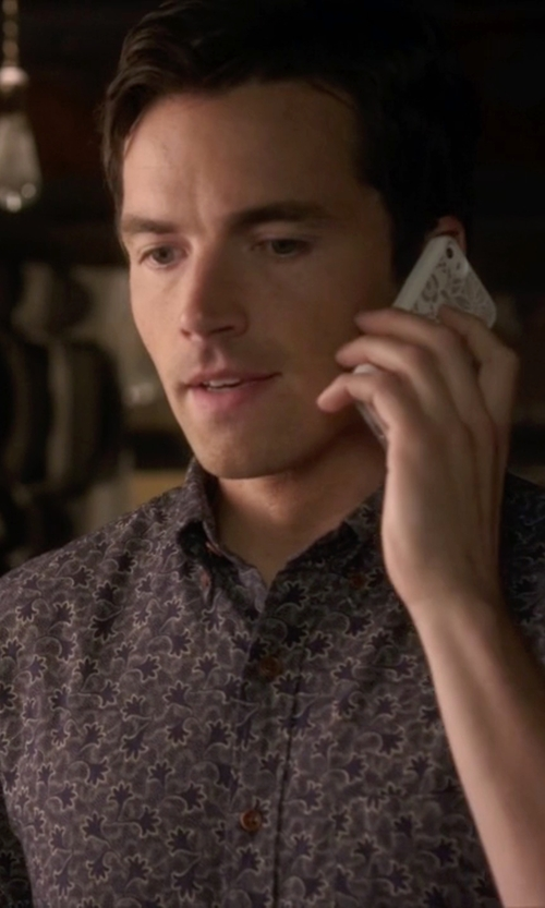 Ian Harding with Parke & Ronen Elation Short Sleeve Slim Fit Shirt in Pretty Little Liars