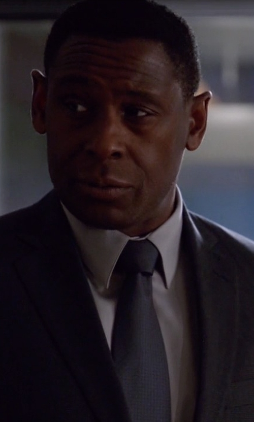 David Harewood with Valentino Solid Silk Tie in Supergirl