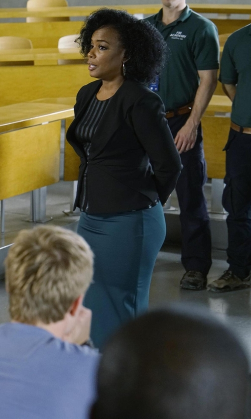Aunjanue Ellis with Pendleton One-Button Blazer in Quantico