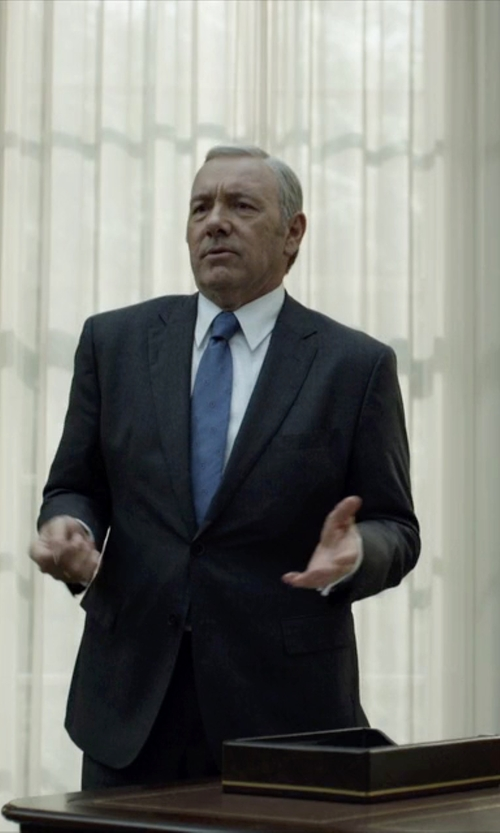 Kevin Spacey with Hugo Boss Custom Made Notch Lapel Suit in House of Cards